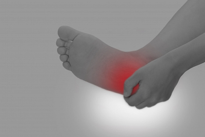 難治性の足の痛み