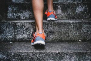 股関節痛の治し方